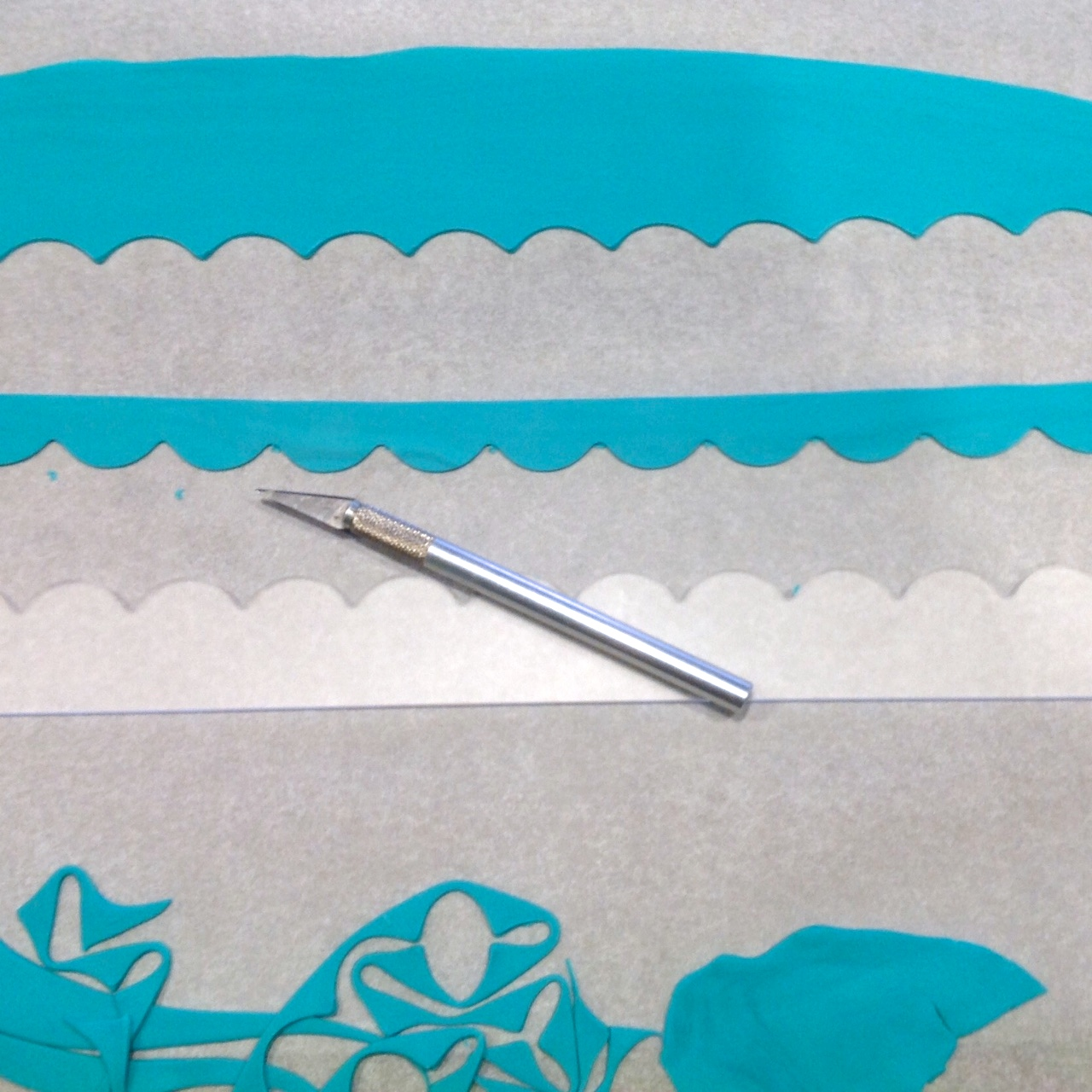 Scallop acrylic template - how to #2 - CutterCraft