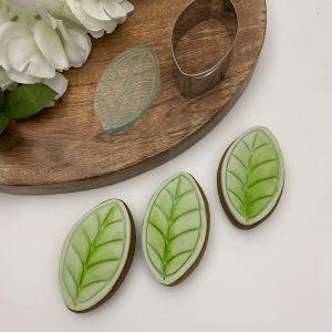 NEM435 Embosser Stamp Small Leaf Handmade